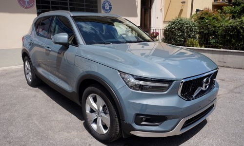 Volvo XC40 D3 AWD Geartronic Business Plus NAVI/CAMERA SUV/Fuoristrada/Pick-up